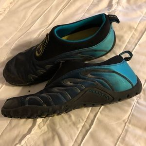 Merrill shoes size 9